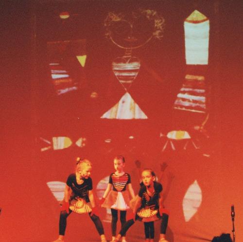 Besuch aus dem All - Tanztheater nach Bildern von Paul Klee Bild1